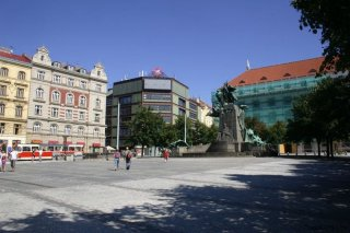 Prague 2 - Palacky Square and Statue