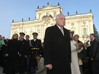 President Vaclav Klaus before the Prague Castle