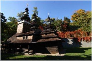 Petrin Hill - Kinský Garden (Kinského zahrada) - Orthodox wooden church of st. Michael