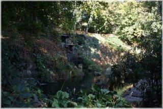 Kinský Garden (Kinského zahrada) -  pond with a statue of Hercules
