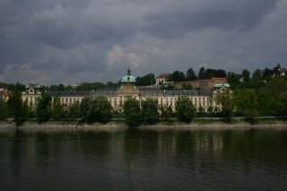 The Straka Academy